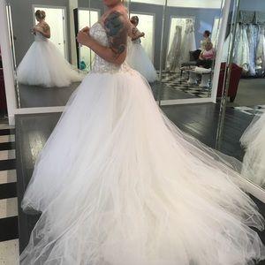 NWT Casablanca Ball Gown